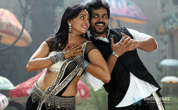 alex pandian karthi anushka love making stills 586x364 Bad Boy Karthi is now a Good boy