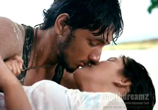 kadal movie gautham karthik thulasi nair lip kiss Top 20 Tamil songs   2012