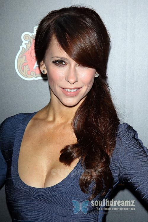 actress jennifer love hewitt latest photo Top 100 sexiest actresses in the World