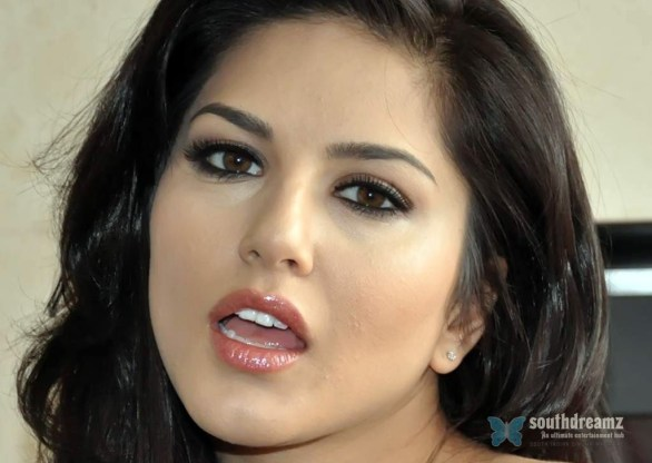 sunny leone wallpapers 586x416 Sunny Leone hd wallpapers