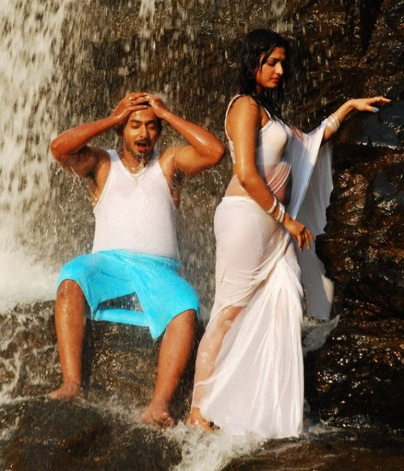 Hari Priya Hot And Wet Photos in Yuvakudu 169 586x684 Hari priya Hot Wet Song in Yuvakudu