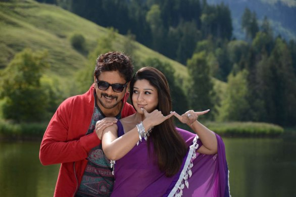 nagarjuna nayantara hot photos 6 586x390 Nayanatara Hot photos in Greeku Veerudu
