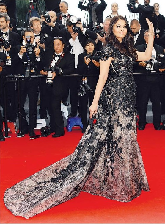 Aishwarya at Cannes 2013 photos Aishwarya at Cannes Film Festival 2013