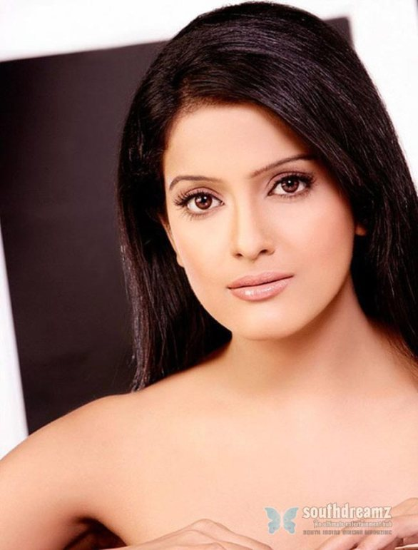 spicy indian actress vishakha singh hot glamour photo shoot 10 586x771 Vishaka Singh signs next hindi film