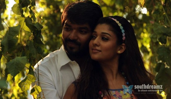 Raja Rani Tamil Movie nayantara sexy stills 3 586x341 Raja Rani review