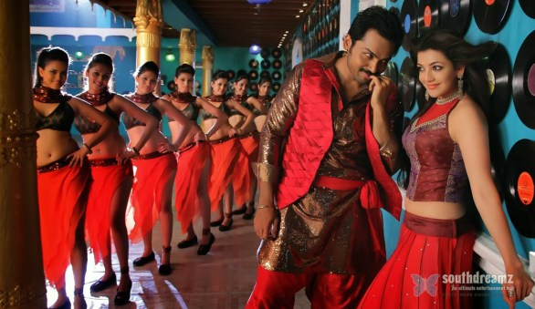 all in all azhagu raja new movie stills 22 586x339 All in All Azhagu Raja Review