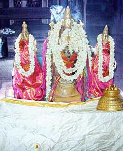 nava thirupathi 7 perunkulam thirukkulandai top Nava Thirupathi Temple No.7 Perunkulam (Thirukkulandai)