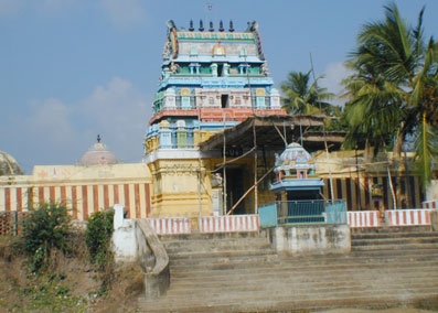 thirunangur top Sri Srinivasaperumal (Annan Perumal) Temple Thiruvellakulam (Thirunangur) Nagapattinam