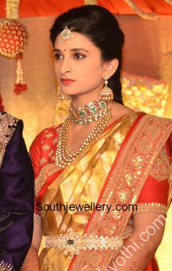 bride nehas wedding reception jewellery jewellery designs