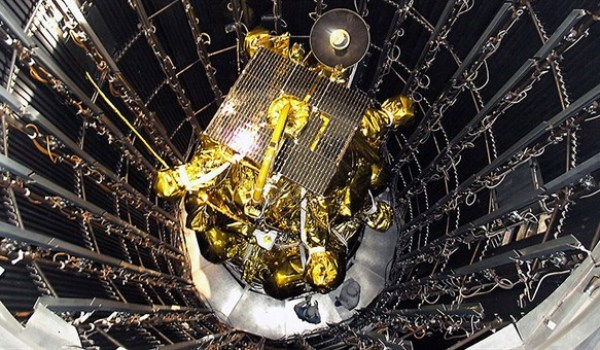 The Phobos-Grunt probe undergoing pre-launch tests. (Credits: Roscosmos).
