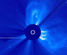 A Mercury-directed CME emitted from AR1719 as recorded by the Solar and Heliospheric Observatory. The Bright dot opposite the eruption is Venus (Credits: NASA/ESA).