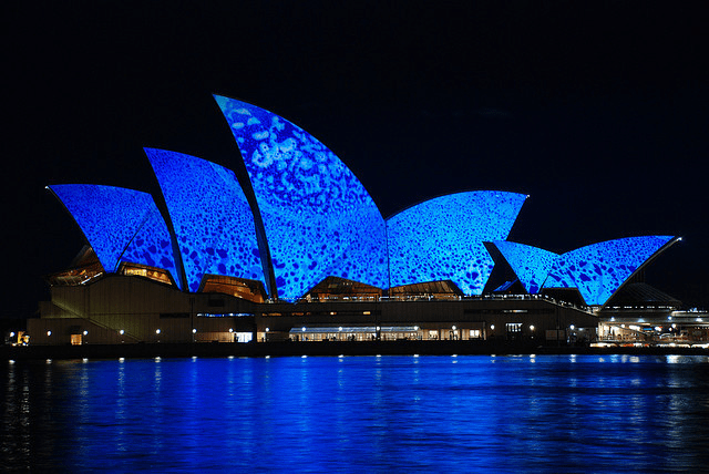 The Sydney operahouse lit up blue for World Autism Awareness Day. Featured by SPECIAL LEARNING HOUSE : www.speciallearninghouse.com.