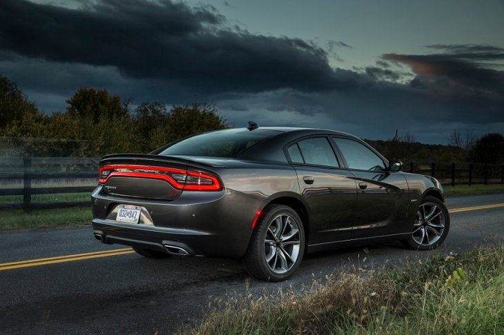 2015 Dodge Charger R/T Road & Track