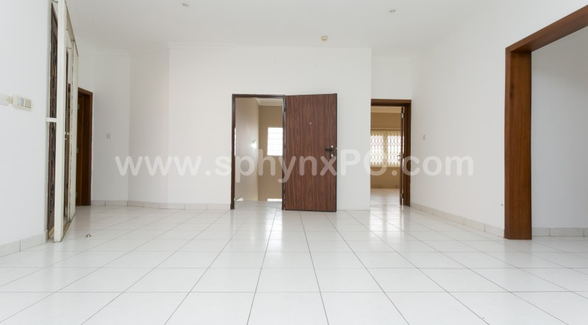 royal_airport_plaza_accra_hotel_ghana_to_let_ for_rent_property_management_facilities_city_expat_first_class(66)