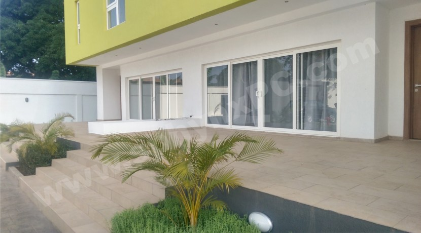 aurora_accra_liberation_road_flagstaff_house_37_military_hospital_ghana_to_let_for_rent_apartments_flats_modern_ opposite_adinkra_heights_trasacco_villaggio_(5)