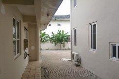 au_village_cantonments_accra_ghana_house_home_to_let_rent_gated_community_labone_secure_security_sphynx_property_consultants_agents (8)