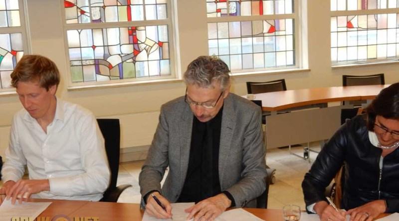 Ondertekening-overeenkomst-schoolbesturen-NAM-gemeente