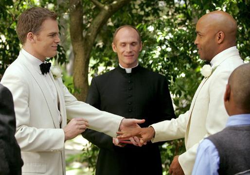 gay-wedding-six-feet-under