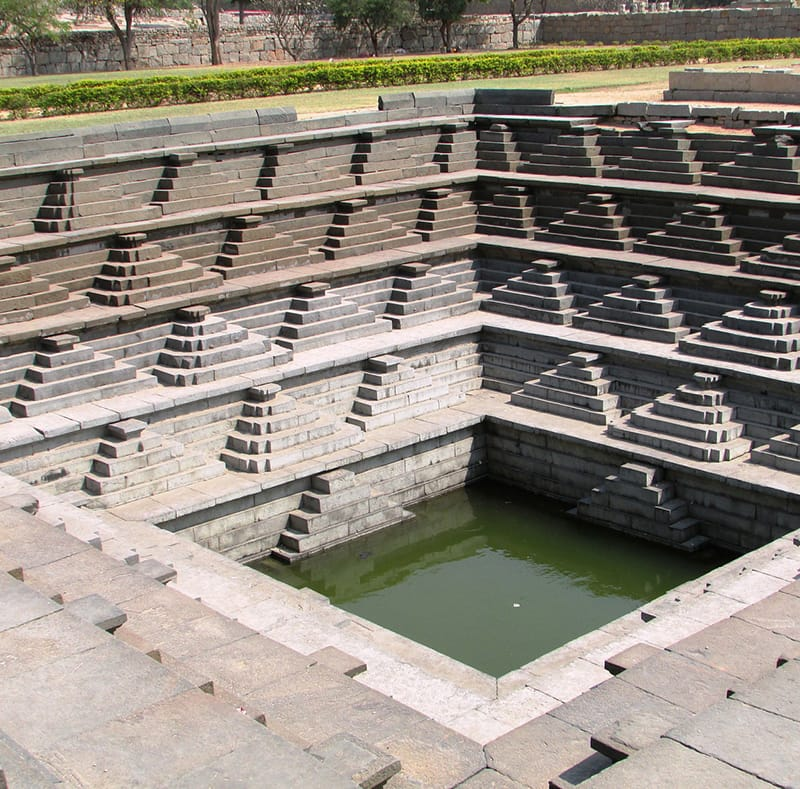 step-well-hampi