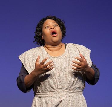 Sandra Robinson  Hodges as  Mahalia Jackson Photo courtesy of  the Old Log Theater