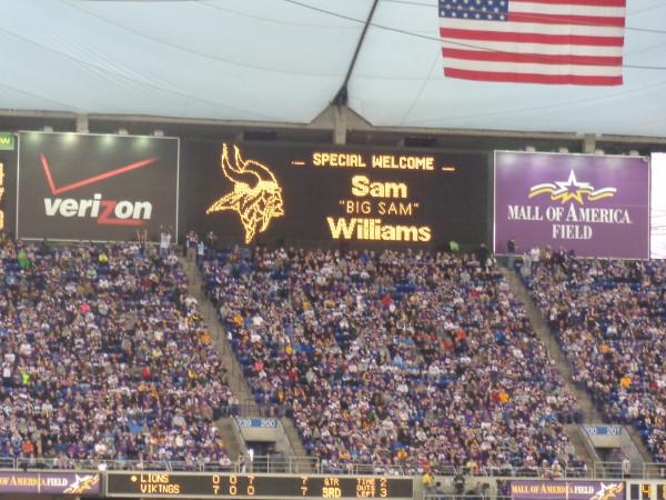 """A special welcome for Sam """"Big Sam"""" Williams"""