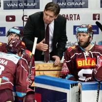 1. kolo hokejové Tipsport extraligy HC Sparta Hradec Kralove trener Sparty UWE KRUPP foto CPA