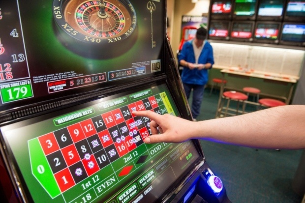 Famous athletes who like gambling