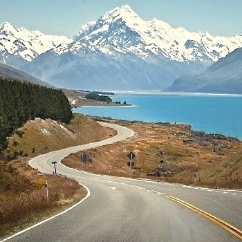 New Zealand is so pretty! This is one of thehellip