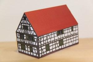 Modell des Nikolosehauses, erhältlich im Griesheimer Museum