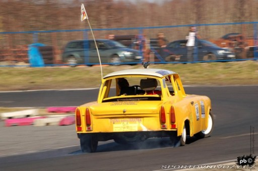 non_typical_drift_8_v8_trabant2