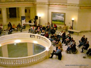 crowd at oklahoma state captiol