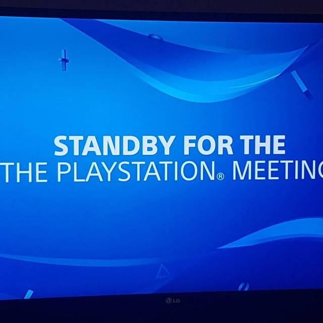 Die Spannung steigt PlayStation Sony Playstation4 PlayStationNeo PlayStationMeeting livestream MyBodyIsReady