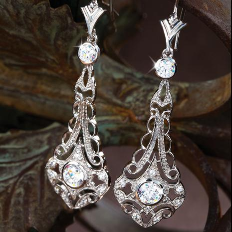 DiamondAura Outr Earrings