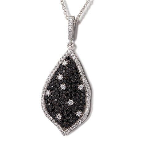 Stargazer DiamondAura Pendant & Chain