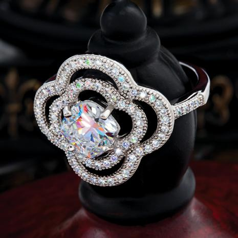 LaStella DiamondAura Ring