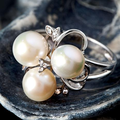 Tropical Midnight Pearl Ring
