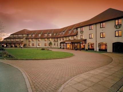 Peninsula hotel Hotel Guernsey Steelasophical Steelband accomodation