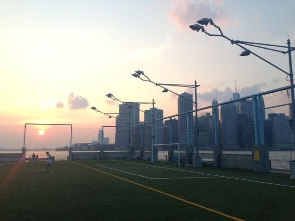 Brooklyn Bridge Park Soccer Ground am Pier 5