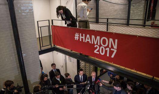 Au QG de Benoît Hamon, à Paris, le 9 mars. Laurence Geai