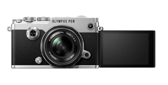 PEN-F-SLV_front_LCD-180_frontside_M12mmF2_BLK