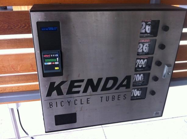 Kenda tube vending machine