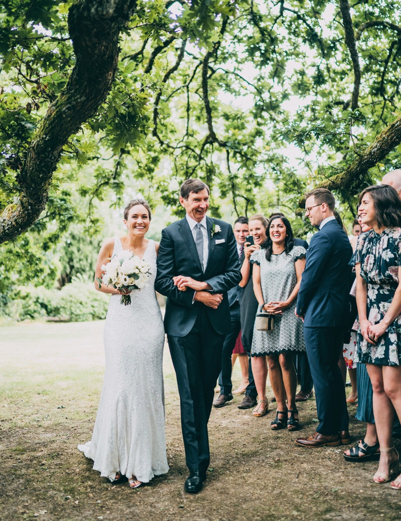 dad walking daughter down the aisle to get married at coombe yarra valley wedding