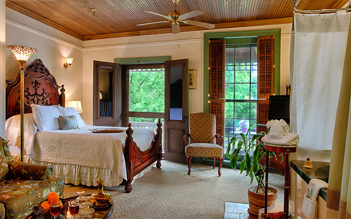 Balcony Room 1140x712px