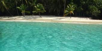 Hike to Salomon Beach