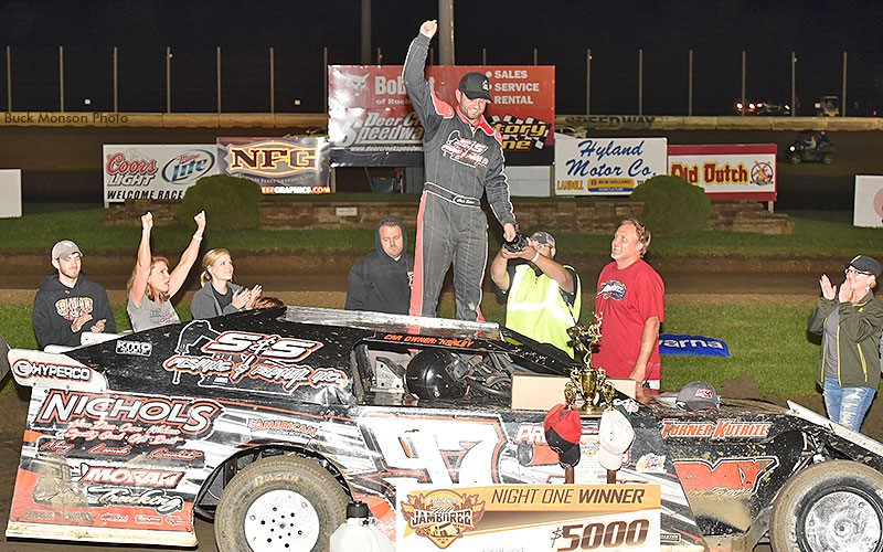 Dillard wins first Featherlite Fall Jamboree feature while Hughes nets third USMTS crown