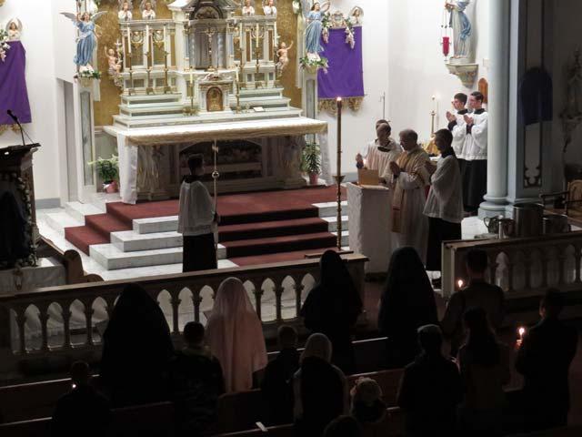 Easter vigil: Exultet