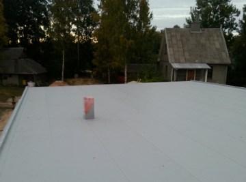 Gyvenamojo namo PVC stogo danga ant OSB plokstės. FATRAFOL. Hsolutions