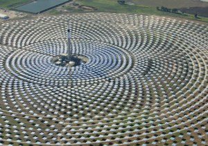 Gemasolar solar thermal power plant in Spain uses molten salt to store energy. (Credit: Image Library via Flickr)