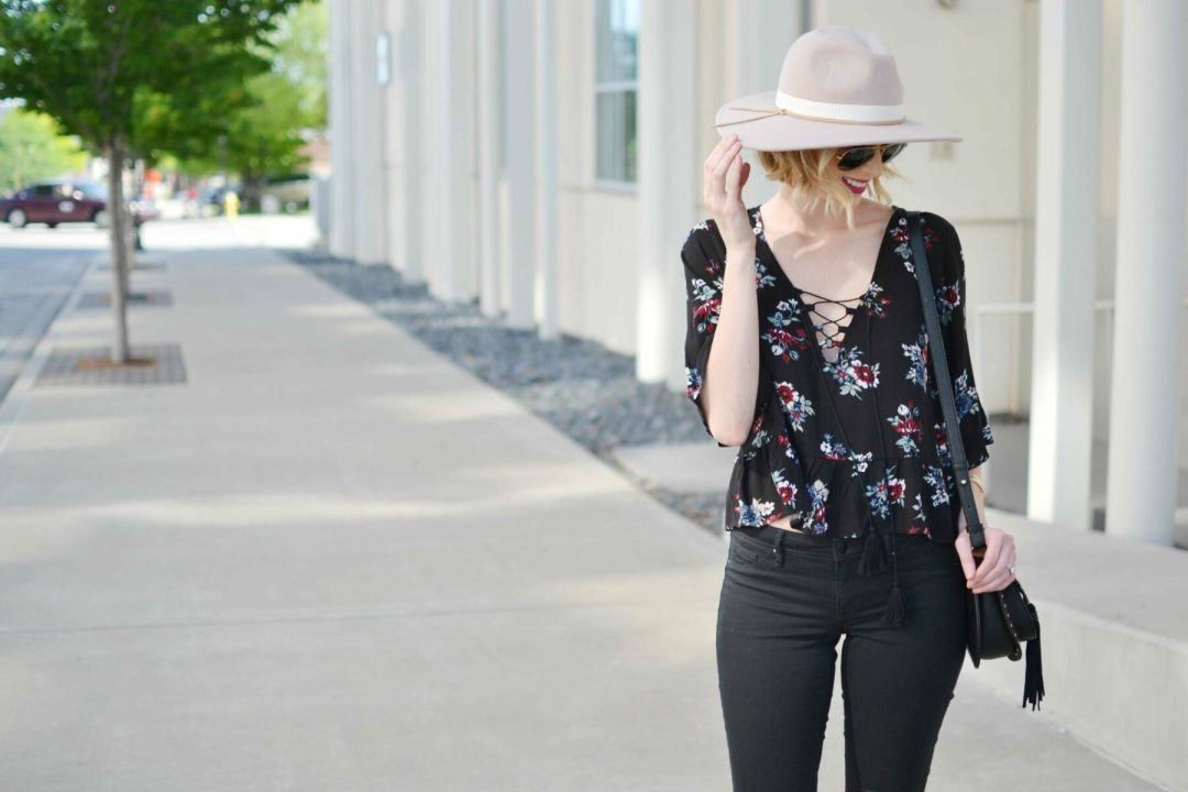 lace up floral top and hat