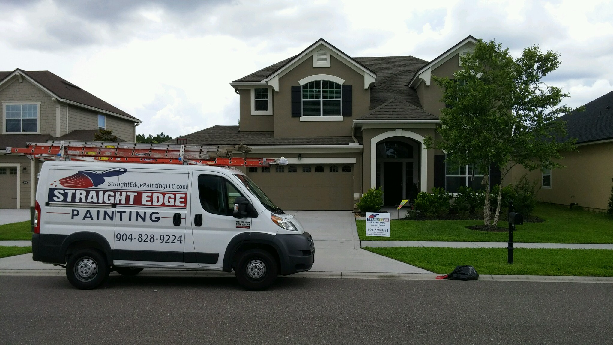 Hairy Painting Service Near Me Painting Service Near Jacksonville Painting Straight Edge Painting Residential Painters Near Me Residential Interior Painters Near Me houzz-03 House Painters Near Me